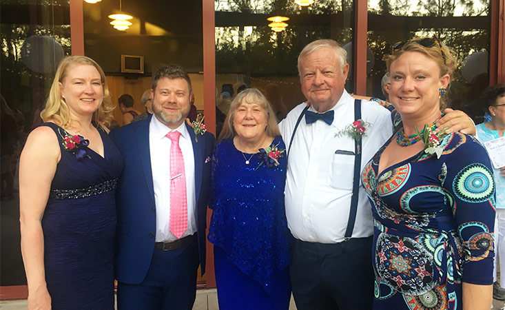 Pancreatic cancer clinical trial participant Earl Groce at his son's wedding